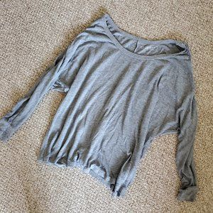 Long Sleeved T-shirt Top